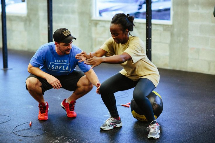 Starting-CrossFit-Prepare-Yourself-By-Learning-The-Air-Squat