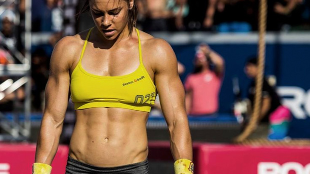 Why-CrossFit-Girls-Are-Stronger-Than-You.jpg